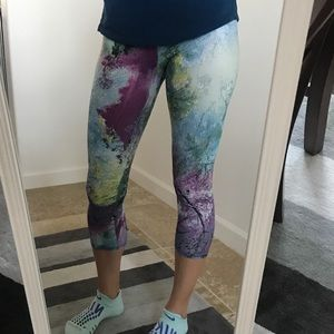 Onzie Multicolored Workout Capri Leggings